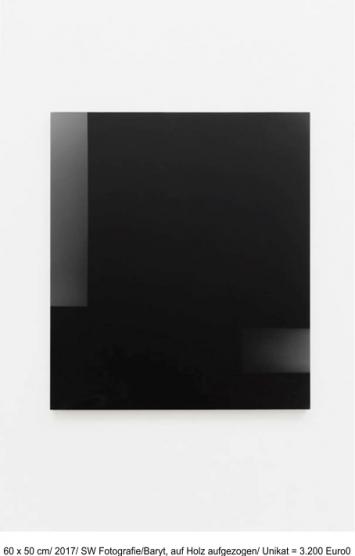 o.t. IV (für morton feldman), 2019, 36,5 x 28,5 cm, Kohle+Kreide auf Papier