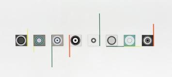Silva Reichwein, «music (m8)», 2016, Foto: Silva ReichweinÖl auf Leinwand / farbige Tapes, je 30 x 30 cm