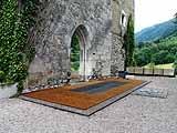 Pierre-Philippe Freymond · Sous-entendus, 2005. Installation au Château d´Arenthon, photo : Pierre-Philippe Freymond