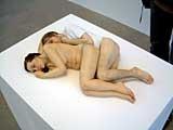 Ron Mueck · Spooning couple, 2005, Ausstellungsansicht, Foto: texte&tendenzen