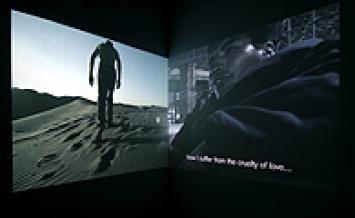 Tomás Ochoa · Contagio, 2005, zwei Projektionen, DVD, Dauer: 17 Min. 10 Sek., Foto: Dominique Uldry