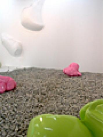 Markus Schwander · Untitled. Chewed, 2000-2006, Mischtechnik, verschiedene Grössen, Courtesy Galerie Tony Wuethrich, Basel