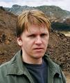 Roman Ondák (*1966 in Zilina, Slovakei), lebt und arbeitet in Berlin und Bratislava.
