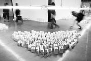Melik Ohanian · 10 000 Letters, 2008, Buchstaben aus Gips, 16 x 8 x 3 cm, 10 Exemplare, Courtesy Melik Ohanian / Galerie Chantal Crousel