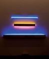Keith Sonnier · Spaced Capsule - Cutglass 7, 1975/2008, Neon, Glas und Aluminium, 98 x 183 x 10 cm, Courtesy Häusler Contemporary München, Zürich, © ProLitteris, Zürich. Foto: Martin Böck