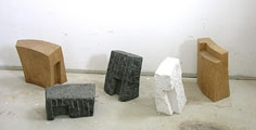 Alex Herzog · Settlement 2, 2008/2009, Eiche, Schwedischer Granit, Marmor