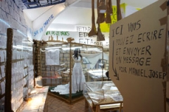 Thomas Hirschhorn · Exhibiting Poetry Today: Manuel Joseph © ProLitteris. Foto: S. Agnetti