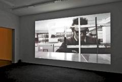 "Lutz & Guggisberg · Höhlenforscher (Videostill), 2012, Video, 7'35"", Schnitt: Mich Hertig, Ausstellungsansicht Aargauer Kunsthaus Aarau © ProLitteris. Foto: David Aebi"