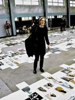 Marianne Burki am Preview Day Swiss Photo Award - ewz.selection, Zürich, 2012. Foto: Caroline Nicod