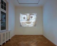 Helke Bayrle & Sunah Choi · Von Hand, Ausstellungsansicht Objekt Atlas, 2011. Foto: Wolfgang Günzel