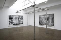 Alain Huck · Tentation, 2012, Bilder: «Acte» und «Ancholia», 2011, Holzkohle auf Papier, 214 x 317 cm, CCSP. Foto: Marc Domage