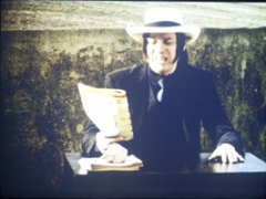 Hermann Vaske · Blixa Bargeld liest Hornbach, 2004, 13 Super-8-Filme, auf DVD, 8,30 Min., Farbe, Ton. Foto: Julia Berlin