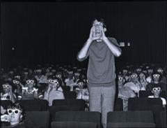 Matthias Leupold, Im Kino/Teil II, Berlin 1983 © ProLitteris