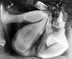 Anina Schenker · Living in a Box 2 / Still 3, 2003, Videostill, Colorproof zwischen Acrylglas, Aluminiumleiste, Sammlung Bosshard