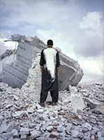 Lida Abdul · White House 1, 2005, Lambda-Abzug auf Aluminium, 102x76cm, Courtesy Galerie Giorgio Persano