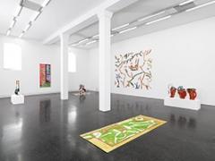 Betty Woodman · Installationsaufnahme, 2014, Courtesy Galerie Francesca Pia, Zürich. Foto: Annik Wetter