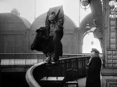 Franz Reichelt · Death Jump, 1912, Todessprung vom Eiffelturm, Courtesy British Pathé, Filmstills