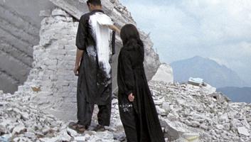 Lida Abdul · White House, 2005, 16-mm-Film/DVD, 5'00' (Still), Court. Giorgio Persano, Turin
