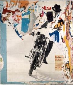 Jacques Villeglé · La Moto - avenue Ledru-Rollin 19 mars 1965, Plakatabriss auf Leinwand, 320x270cm, Musée d'Art Moderne de la Ville de Paris ©ProLitteris, Courtesy Musée d'Art Moderne. Foto: Roger-Viollet