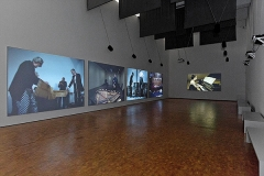 Andrea Büttner · 2, 2014, Installationsansicht, Museum Ludwig Köln, Courtesy Hollybush Gardens, London, und David Kordansky Gallery, Los Angeles ©ProLitteris. Foto: Rheinisches Bildarchiv Köln/Britta Schlier