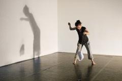 Joëlle Valterio · im Rahmen von: ‹going now here, unwrap the present in June›, 7.6. 2015, Progr, Bern. Foto: Anet Rhiner