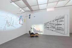 Zilla Leutenegger · Library und Mobile Z aus der Werkgruppe ‹Apartment›. Foto: Nicole Wilhelms