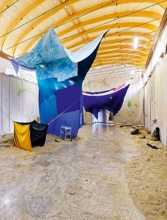 Die Loci der Ortie, 2015, Ausstellungsansicht, Centre international d'art et du paysage, Île de Vassivière. Foto: Aurélien Mole