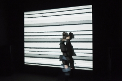 """Urs Breitenstein · Filmstripes, 1979-2015, 3'16"""", n/b, Ton, Ausstellungsansicht. Foto: Max Reitmeier"""