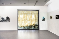 Eva Grün · Temporäre Installation, Die Welt da draussen, 2016, Mischtechnik auf Fensterglas, 240x255cm