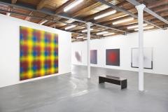 Peter Schuyff · Ausstellungsansichten Kunsthalle Fri Art, 2017. Oben: Acrylgemälde, 1987; unten: Acrylgemälde, 1985-1986. Fotos: Max Reitmeier