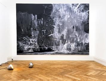 Markus Gadient · Live-Set-Landscape, 2018; Vanessa Billy · Feeds like Energy, 2014, Installationsansicht Kunsthalle Palazzo, Liestal