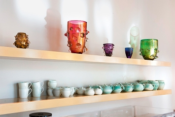 Caro Niederer · Good Life Ceramics, 2017/2018, Installationsansichten Kunstmuseum St.Gallen. Foto: Sebastian Stadler