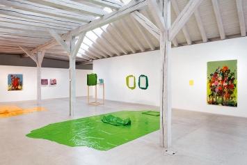 Anna Amadio · Liebe Farbe, Dear Colour, Ausstellungsansicht Kunst(Zeug)Haus, 2018. Foto: Andri Stadler