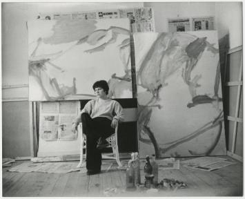 Maria Lassnig in her studio, Rue de Bagnolet, Paris, 1961 © Maria Lassnig Foundation