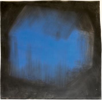 Miriam Cahn · Das blaue Haus, 1992, Pigmentfarbe, schwarze Schulkreide auf Papier, 200x200cm, Ankauf 1996