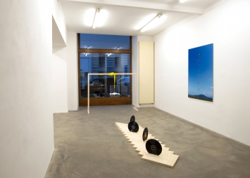 Roman Signer,Ausstellungsaufnahme, 2020, CourtesyGalerie Martin Janda Wien
