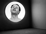 Sylvie Blocher · Living Pictures/The Meditation Room Installation vidéo, 2001; Courtesy: The Londone Institute