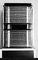 Funkenkammer, Baujahr 1999, Metall, Plexiglas, Elektronik; 700 kg, 4 Kisten (1 Sockel, 1 Kleinteil, 2 Klammern), 110 x 200 x 80 cm, Courtesy DESY, Zeuthen
