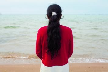 Sophie Calle, Voir la mer (detail), 2011. Cinematographer: CarolineChampetier, © Sophie Calle / ADAGP, Paris 2019. Courtesy Perrotin«In Istanbul, einer vom Meer umgebenen Stadt, habe ich Menschen getroffen, die es noch nie gesehen hatten. Ich habe sie gefilmt, wie sie es zum ersten Mal gesehen haben.»