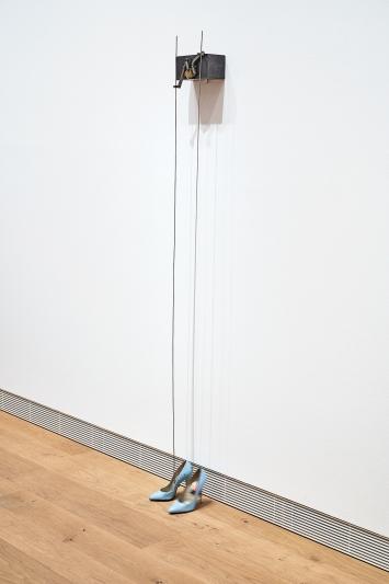 Rebecca Horn · American Waltz, 1990, Daros Collection, Schweiz, Courtesy Museum Tinguely Basel ©ProLitteris.Foto: Daniel Spehr