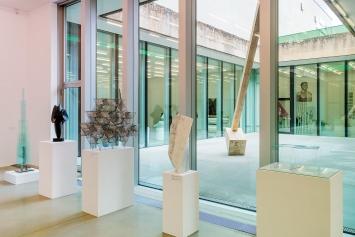 Schweizer Skulptur seit 1945, Ausstellungsansicht Aargauer Kunsthaus, Aarau.Foto: René Rötheli