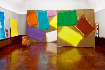 Renée Levi · Rhabarber, 2019, Ausstellungsansicht Galerie Museum Langmatt, Baden.Foto: Lee Li