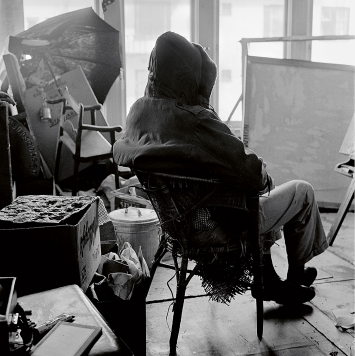 Jerry Burchard · Bruce Conner in His Studio, ca.1958–59, Courtesy The Estate of Jerry Burchard ©ProLitteris
