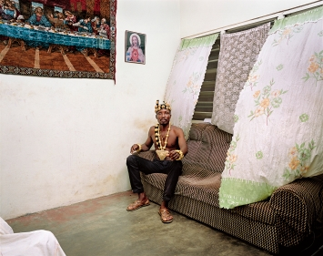 Deana Lawson · Chief, 2019, Pigmentdruck, Courtesy Sikkema Jenkins & Co.