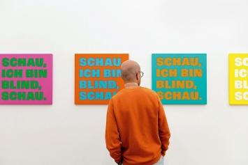 Rémy Zaugg · Schau, ich bin blind, schau, 1997/98, Ausstellungsansicht Kunstmuseum Basel.Fotos: JulianSalinas