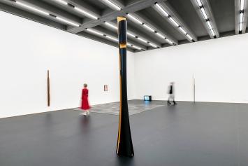 Isa Genzken · Ausstellungsansicht Kunstmuseum Basel | Gegenwart ©ProLitteris.Foto: Julian Salinas