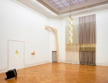 Marc Camille Chaimowicz · Dear Valérie…, Ausstellungsansichten Kunsthalle Bern.Foto: David Aebi