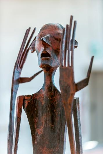 Schang Hutter · Bronze Figur (Detail), 2007, Bronze 4/6, 168x60x60cm