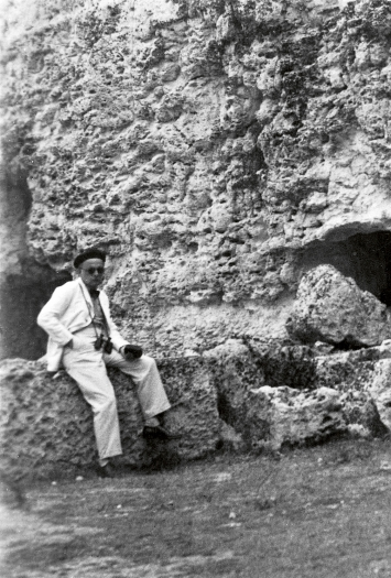 Paul Klee in der Latomia del Paradiso, Syrakus, 1931 (Ausschnitt), Zentrum Paul Klee, Schenkung Familie Klee.Foto: Lily Klee