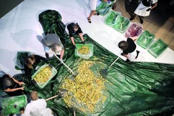 Alison Knowles · Make a Salad, 1962/2018, Courtesy Kunstmuseum Bern
